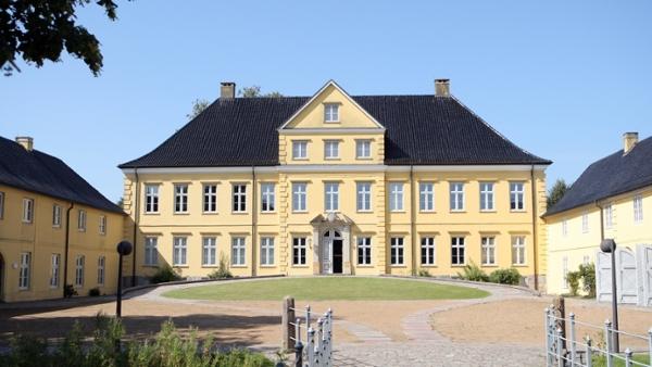 Außenansicht des Schleswiger Prinzenpalais, Sitz des Landesarchivs