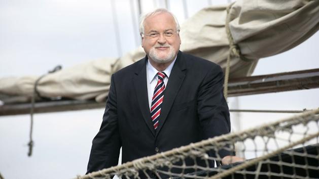 Das Bild zeigt den ehemaligen Ministerpräsident Peter Harry Carstensen (CDU).