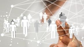 Grafik mit Personen in einem Netzwerk