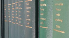 Bücher mit gesammelten Rechtsprechungen im Finanzwesen