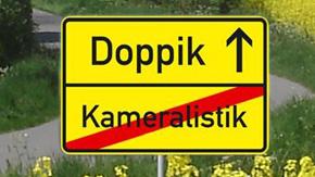 """Ortsschild: """"Sie verlassen Kameralistik und fahren nach Doppik"""""""