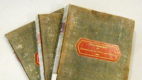 Drei Inventarbücher der Altona-Kieler Chaussee von 1834 im Landesarchiv Schleswig