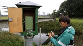 Einer von 340 Pegeln die Wasserstände in Gewässern messen.