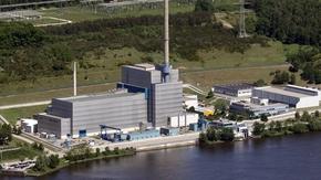 Kernkraftwerk Krümmel von der Wasserseite aus der Luft